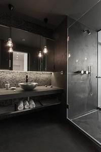 Salle De Bain Noire Et Blanche : la beaut de la salle de bain noire en 44 images ~ Melissatoandfro.com Idées de Décoration