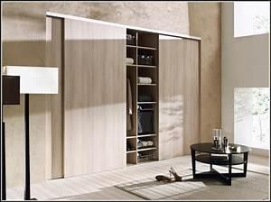 Schlafzimmer schranke massivholz schlafzimmer house for Schlafzimmer schränke