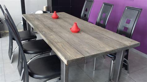cuisine avec table à manger table salle a manger avec nappe grise pas cher salle a