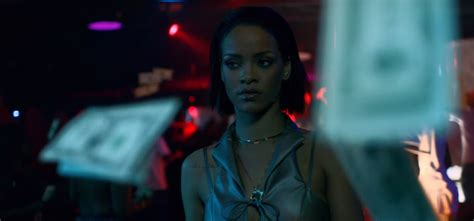 """Rihanna's """"needed Me"""" Gains More Airplay At Pop Radio"""