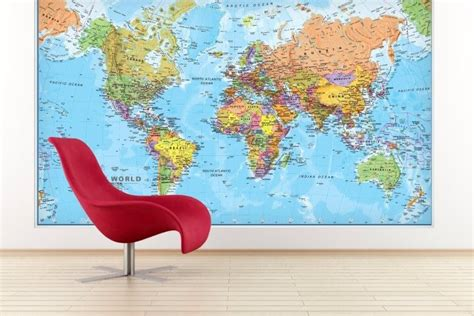 eye catching world map posters   hang