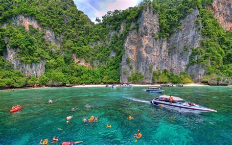 Destination Tour Phi Phi Island Thailand