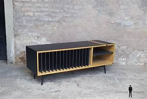 Meuble Pour Vinyle : meuble vinyle esprit vintage graphique ch ne clair noir ~ Teatrodelosmanantiales.com Idées de Décoration