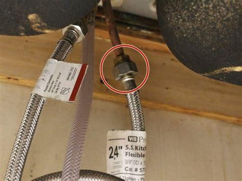 repair  broken kitchen faucet pull  spray head