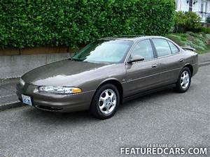 1999 Oldsmobile Intrigue - Information And Photos
