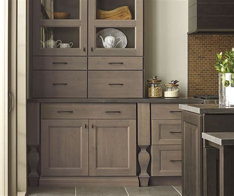 Kitchen Color Ideas With Oak Cabinets - roslyn shaker style cabinet door decora cabinetry