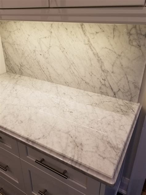 kitchen countertop bianco carrara  marble trend