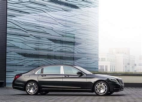 maybach car mercedes benz mercedes benz maybach s600 car pictures images