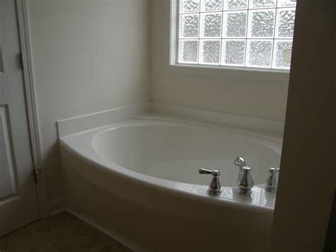 Garden Tub Bathroom by Garden Soaking Tub Garden Tub Installation Bath1ideas