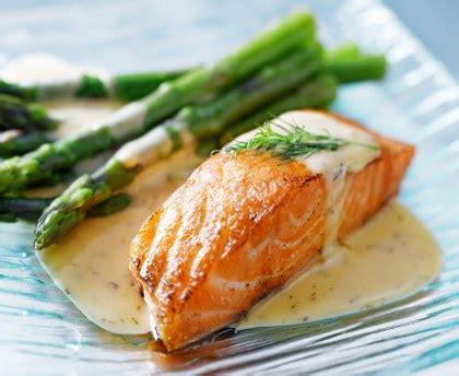 cuisiner saumon surgelé pavé de saumon express micro ondes recette de pavé de