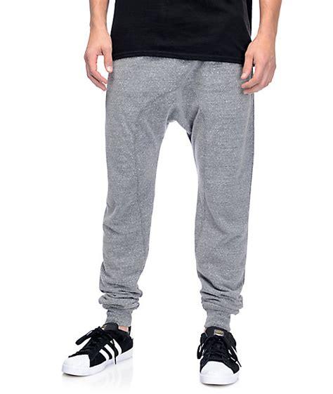 Piero Jogger Knit Grey zine cover grey knit jogger zumiez