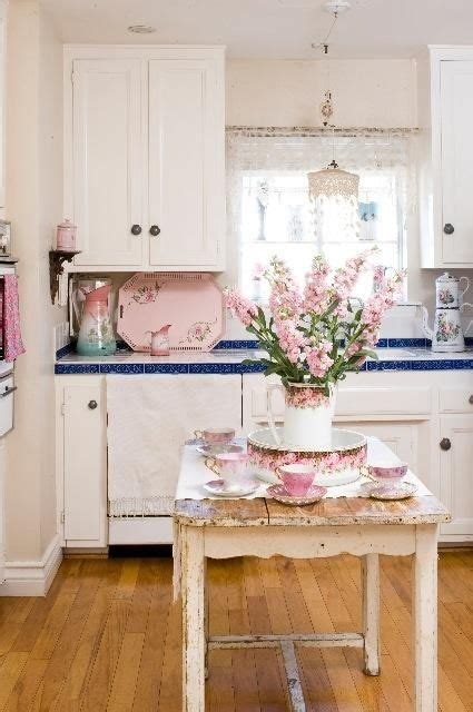 Cute Cottage Kitchenlike The Idea To Cover A Not So