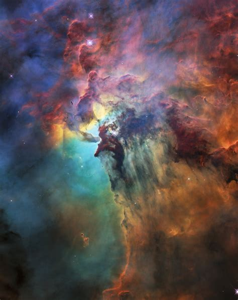 Hubble celebrates 28th anniversary with a trip through the