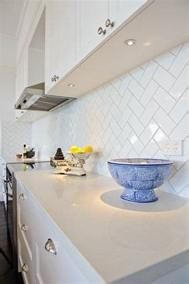 kitchen tiles brisbane 59 best images about caesarstone frosty carrina on 3316