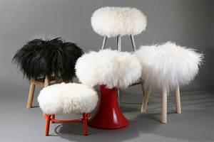 Peau De Mouton Veritable : housse de tabouret top moumoute peau de mouton v ritable poils longs blanc fab design ~ Teatrodelosmanantiales.com Idées de Décoration