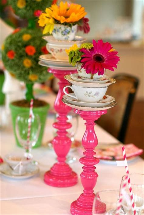 alice and wonderland table decorations 32 kids 39 alice in wonderland party ideas shelterness