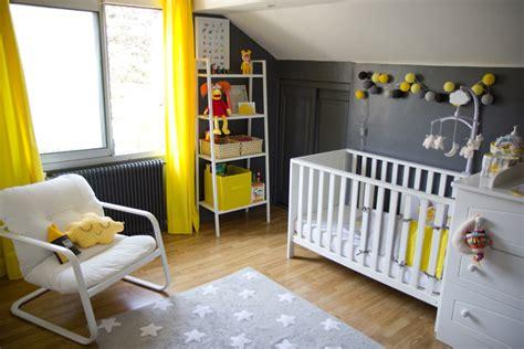 exemple chambre bébé modèle décoration chambre bébé jaune