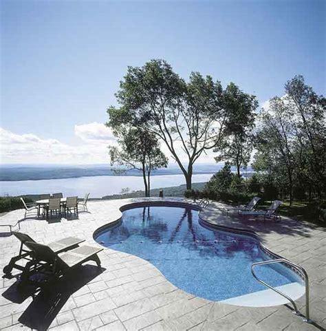 piscine da giardino interrate la piscina in giardino consigli utili per la scelta