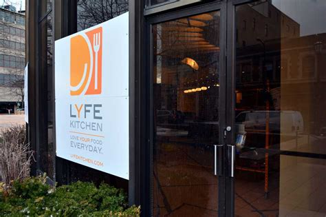 lyfe kitchen  bring healthy eating  downtown evanston