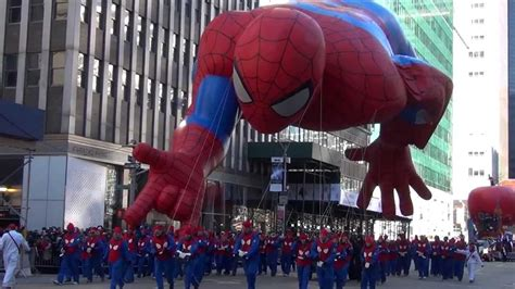 spider man balloon macys thanksgiving day parade