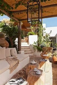 le meuble rustique pour le jardin voir nos idees magnifiques With delightful decoration jardin zen exterieur 2 le mini jardin zen decoration et therapie archzine fr