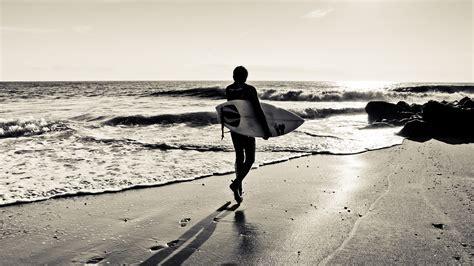 Full HD Wallpaper surfing beach black and white, Desktop