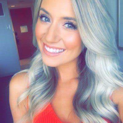 Lauren Burnham — Bachelor 2018 — Bio, Age, Photos, Wiki