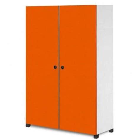 armoire bureau fermant à clé armoires a portes battantes tous les fournisseurs