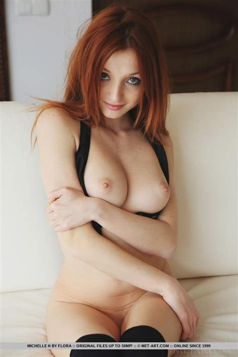 Petite Hottie Michelle Naked Sexy Naked Redhead