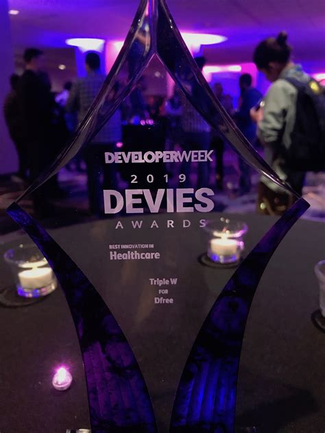 Triple W Wins 2019 DEVIES Award for Best Innovation in Healthcare for DFree