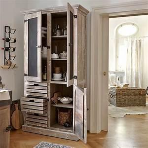 Schrank Mit Viel Stauraum : schrank im landhausstil design m bel ~ Bigdaddyawards.com Haus und Dekorationen