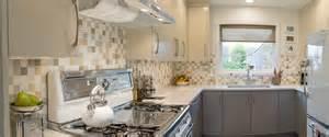vintage kitchen tile backsplash retro kitchen backsplash