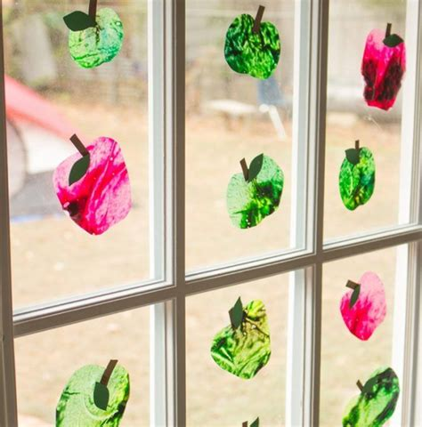 Herbstdeko Basteln Für Fenster Kostenlos apfel basteln f 252 r die deko im herbst mit diesen