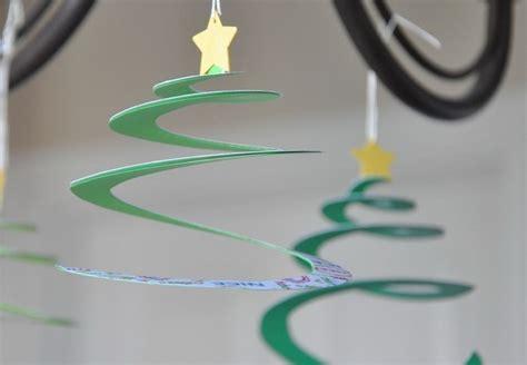 Weihnachtsdeko Papier Basteln basteln mit papier weihnachtsdeko aus papier kreieren