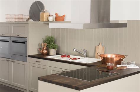 darty cuisine 10 crédences qui habillent les murs de la cuisine darty