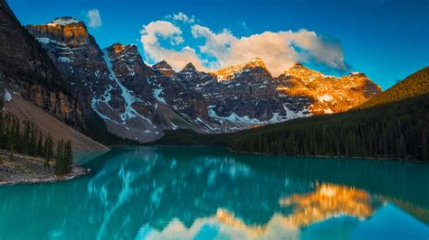 moraine lake landscape  banff national park