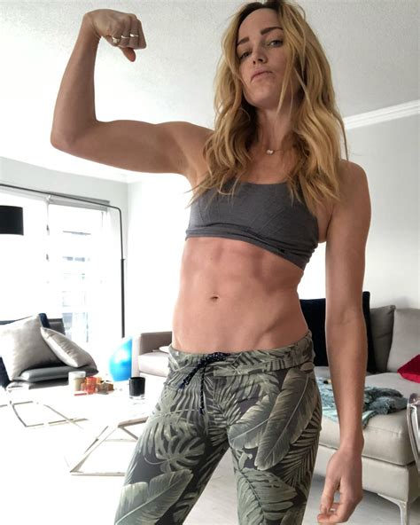 Caity Lotz Sexy 23 Photos The Fappening