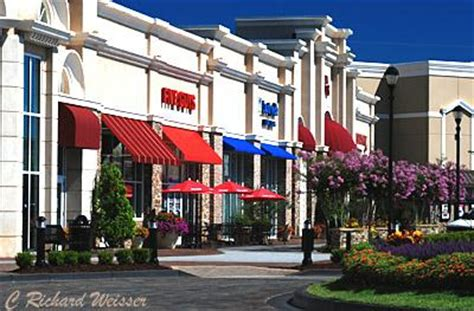ashley park regal shopping in newnan georgia is more like a walk in the park