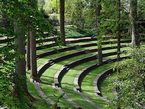 The Riverfall Amphitheater : Riverfall