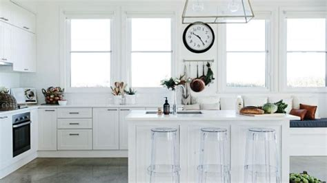 4 Quick And Affordable Ways To Transform An Old Kitchen
