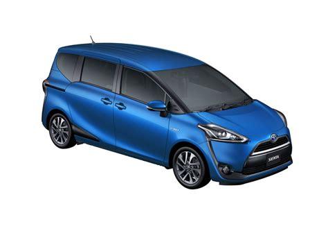 Toyota Sienta by Toyota Sienta Hybrid Mpv Small Minivan Forbidden Fruit