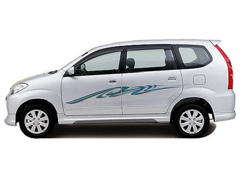 Toyota Avanza Picture by Toyota Avanza Front Angle Side View Exterior Picture