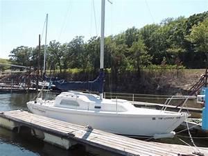 1976 Pearson 26 Sail Boat For Sale