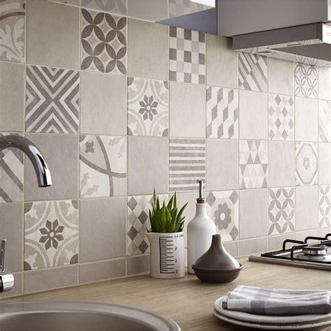 carrelage cuisine mur carrelage sol et mur beige elliot l 15 x l 15 cm leroy