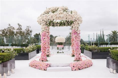 Ceremony Décor Photos Pink And White Flowers On Ceremony