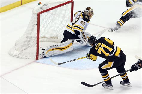 Watch nhl ice hockey action as bruins takes on penguins. Boston Bruins @ Pittsburgh Penguins 12/14/2018: lines ...