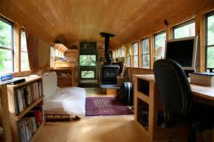 Craigslist King Size Bed by Bus Converted Into Mobile Home 171 Twistedsifter
