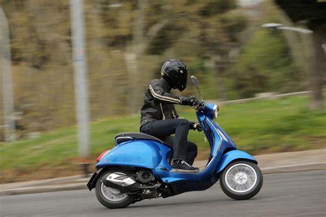 First Ride 2014 Vespa Sprint 125 Review Visordown