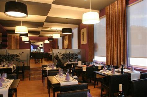 bonita decoracion fotografia de restaurante la bocha