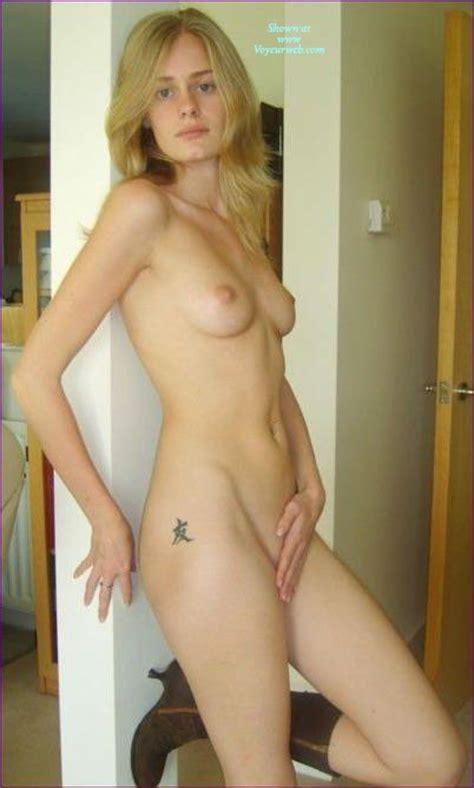 Nude Amateur At Home June Voyeur Web